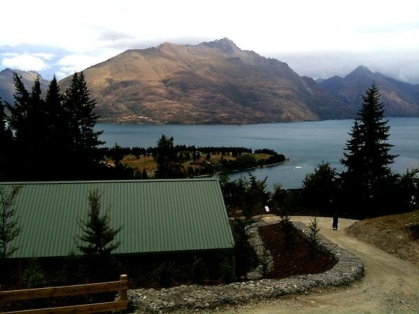 INFRASTRUCTURE & LANDSCAPE Commonage Substation Queenstown